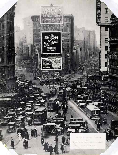 Time Square 1922.