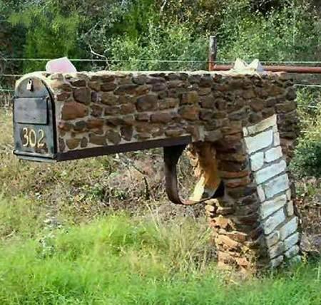 funny crazy mailbox